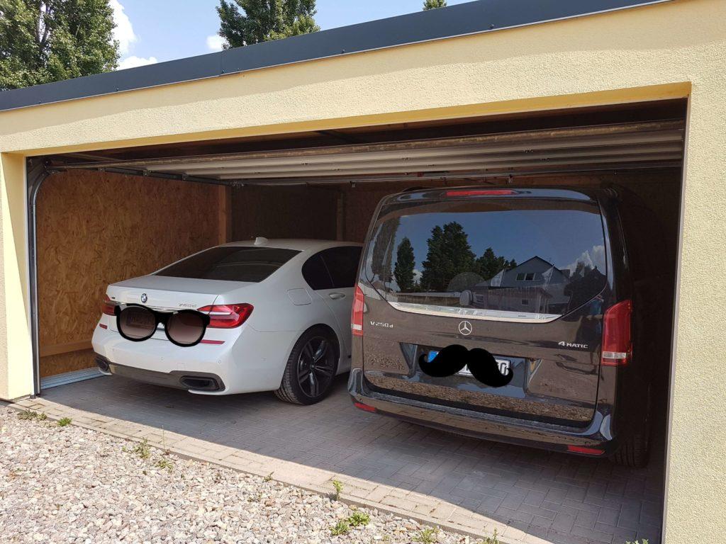 Eine Garage in Holzständerbauweise