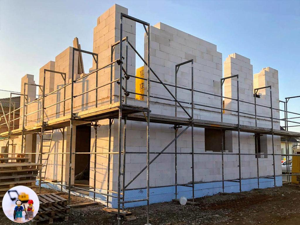 Rohbau Mauerwerk Obergeschoss aus Ytong wird gemauert