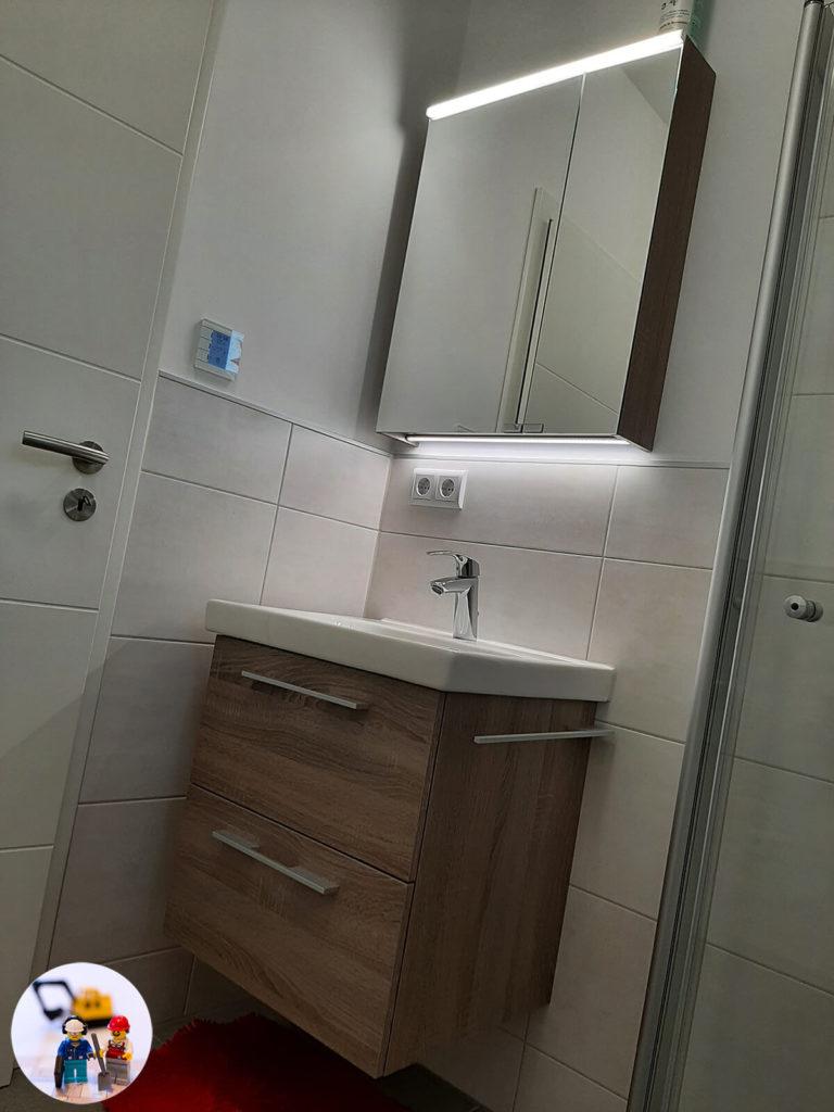 Vigour Derby 60 cm Waschtischunterschrank mit passendem Spiegelschrank